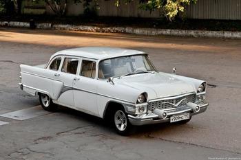 Аренда автомобиля Чайка (ГАЗ-13) белая  с водителем 6