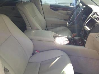 Аренда автомобиля Lexus LS600 (3 места, черный) с водителем 4