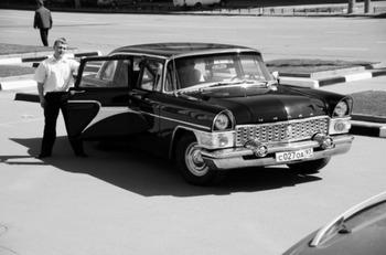 Аренда автомобиля Чайка 1971  с водителем 2