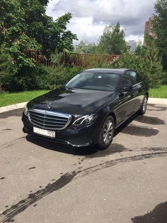 Аренда автомобиля Mercedes Е-213  с водителем 5