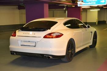 Аренда автомобиля Porsche Panamera  с водителем 1