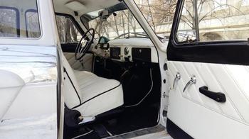 Аренда автомобиля Газ 21 (Волга)  с водителем 1