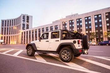 Аренда автомобиля Jeep Wrangler с водителем 11