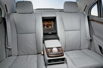 Аренда автомобиля Mercedes  S-class (W221)  с водителем 2