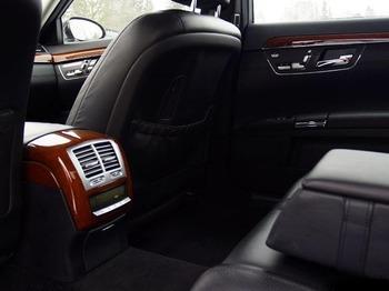Аренда автомобиля Mercedes  S-class (W221)  с водителем 3
