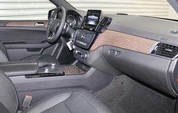 Аренда автомобиля Мерседес GLS черный с водителем 5