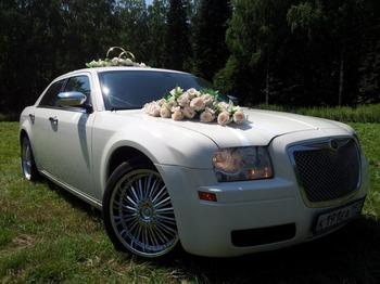Аренда автомобиля Chrysler 300C  с водителем
