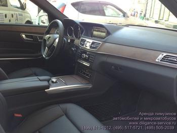 Аренда автомобиля Mercedes-Benz E212  с водителем 2