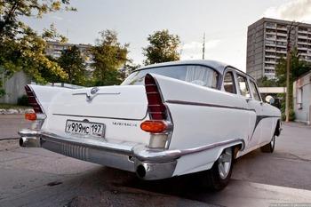 Аренда автомобиля Чайка (ГАЗ-13) белая  с водителем 5