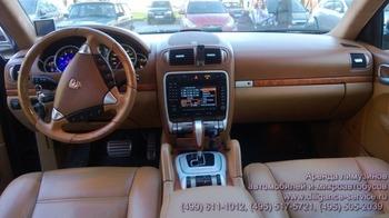 Аренда автомобиля Porsche Cayenne Turbo  с водителем 2