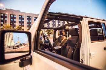 Аренда автомобиля Jeep Wrangler с водителем 8