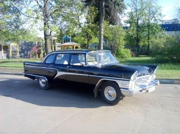 Аренда автомобиля Чайка Газ-13  с водителем