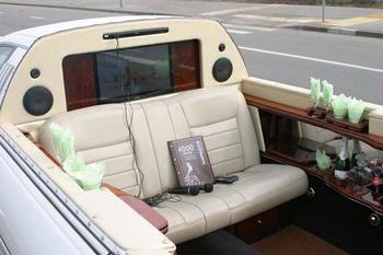 Аренда автомобиля Лимузин Lincoln Town Car  с водителем 4