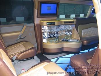 Аренда автомобиля Infiniti QX56  с водителем 13