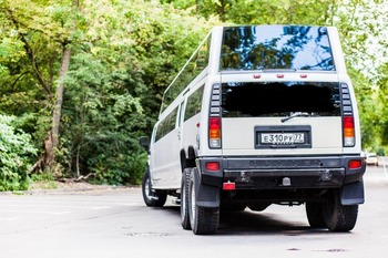 Аренда автомобиля Hummer H2  с водителем 6