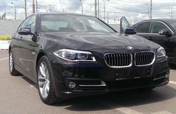 Аренда автомобиля BMW-520  с водителем 2