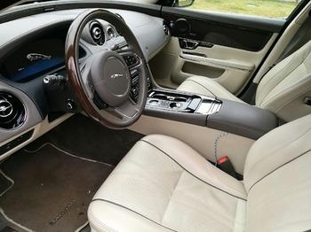 Аренда автомобиля Jaguar XJ  с водителем 4