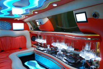 Аренда автомобиля Lincoln Town Car  с водителем 1