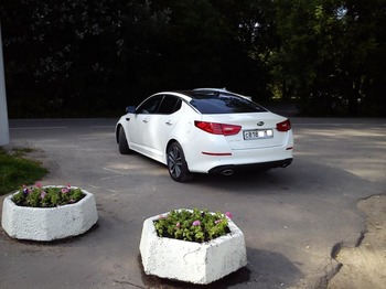 Аренда автомобиля KIA Optima Luxe с водителем 6
