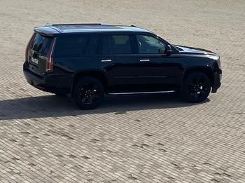 Аренда автомобиля Cadillac Escalade IV с водителем 2