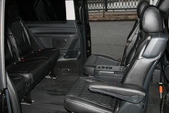 Аренда автомобиля Мерседес V класс с водителем 1