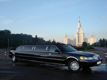 Аренда автомобиля Lincoln Town Car черный  с водителем 0