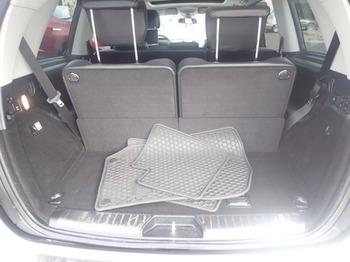 Аренда автомобиля Мерседес GL (белый) с водителем 0