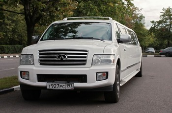 Аренда автомобиля Infiniti QX56  с водителем