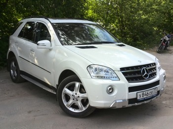 Аренда автомобиля Mercedes-Benz ML 350 AMG  с водителем