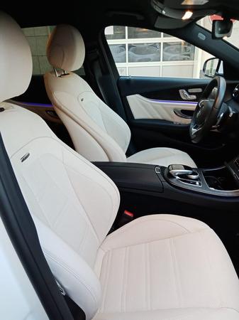 Аренда автомобиля Белый Мерседес Е213 с водителем 0