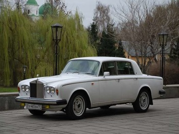 Аренда автомобиля Rolls-Royce Silver Shadow   с водителем 11