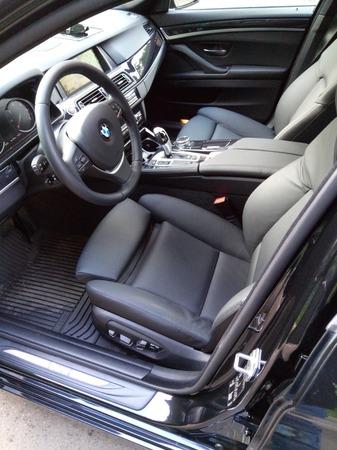 Аренда автомобиля BMW-520  с водителем 1