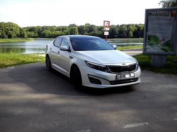 Аренда автомобиля KIA Optima Luxe с водителем 1