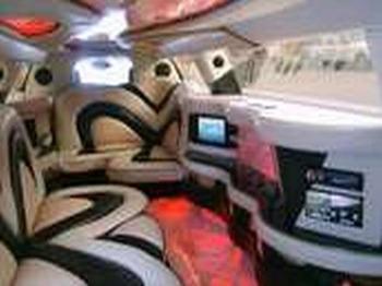 Аренда автомобиля Лимузин Cadillac CTS  с водителем 0