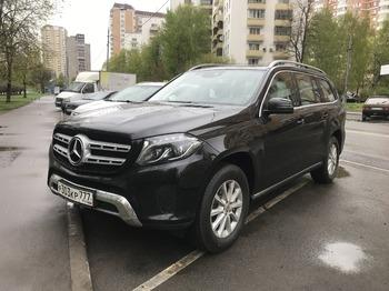 Аренда автомобиля Мерседес GLS черный с водителем