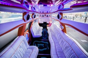 Аренда автомобиля Cadillac Escalade  с водителем 2