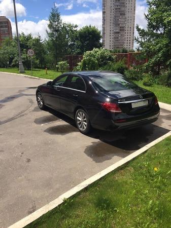 Аренда автомобиля Mercedes Е-213  с водителем 4