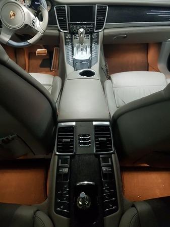 Аренда автомобиля Porsche Panamera  с водителем 6