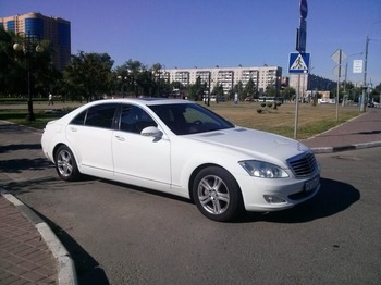 Аренда автомобиля Mercedes S221 Long  с водителем