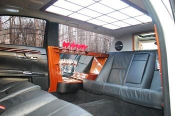 Аренда автомобиля Лимузин Mercedes Pullman S221  с водителем 0