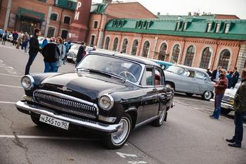 Аренда автомобиля ГАЗ-21 с водителем 1
